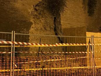 Effetto terremoto, crollano le mura Aureliane