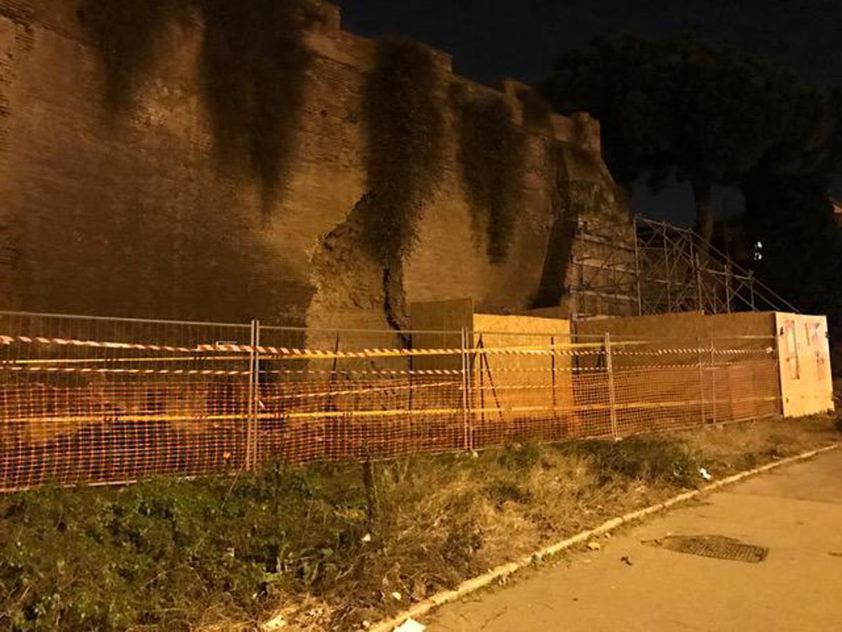 Crollo Mura Aureliane a Roma, il Terremoto una delle cause