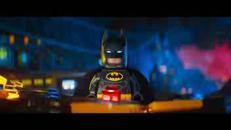 Santamaria-Cucciari, voci Batman e Batgirl nel film Lego