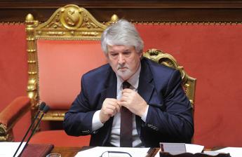 Il ministro Giuliano Poletti fa mea culpa:
