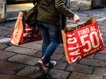 Saldi-mania, come superare lo shopping compulsivo