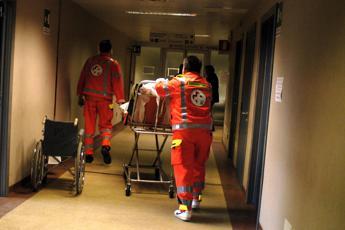 Nuovo caso di meningite in Toscana, uomo ricoverato a Pistoia