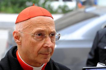 Eutanasia, cardinal Bagnasco: Sconfitta grave e dolorosa per tutta la società