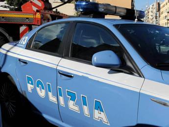 Roma, sparatoria fuori da un locale: quattro feriti