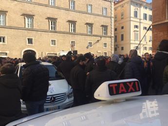 Taxi, quanto vale la licenza? Milano/Roma 150mila €, Venezia 400mila. Ncc? 60mila