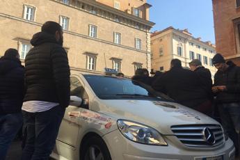 Taxi in rivolta, ecco perché protestano