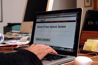 Garante Privacy: Vietati controlli su e-mail e smartphone aziendali