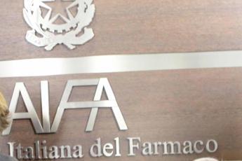 Dirigenti Aifa favorivano farmaci più costosi: danno da 200 mln