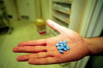 Viagra con un clic, oscurati oltre 100 siti