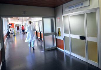 I genitori volevano curarla all'estero, divieto di espatrio per bimba malata di cancro