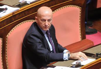 Il Senato salva Minzolini: niente decadenza.