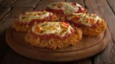 L'ultima in cucina: la pizza di pollo fritto