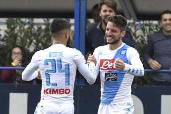 Napoli si complica la vita ma sfata tabù Castellani, Empoli battuto 3-2