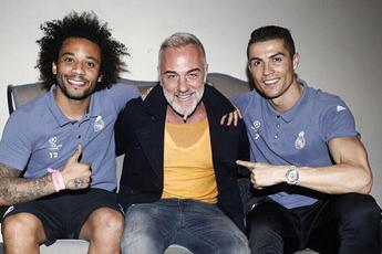 Napoli-Real Madrid, Gianluca Vacchi con CR7 e Marcelo