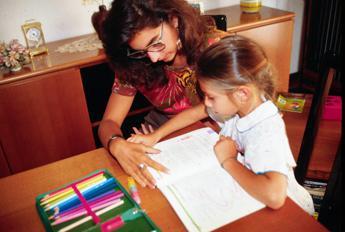 'Italia Paese di figli unici, soli e iperprotetti'