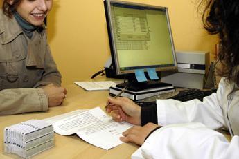Scrivete ricette in bella grafia, ministero avverte i medici