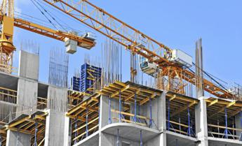 Ance-sindacati: -600mila addetti e -120mila imprese costruzioni in 10 anni