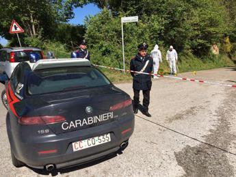 Roma, trovato cadavere a Castel San Pietro: si indaga per omicidio