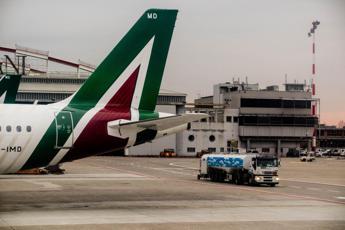 Alitalia, sciopero il 5 aprile. Poi trattativa ad oltranza