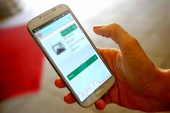 Smartphone 'groviera', ecco come ti rubano il pin