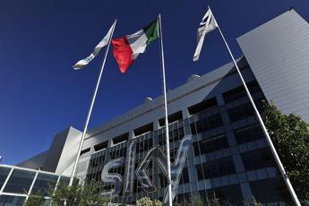 Sky, accordo azienda-sindacato: giornalisti a Milano da 1 novembre