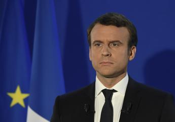Parigi, primo corteo contro Macron
