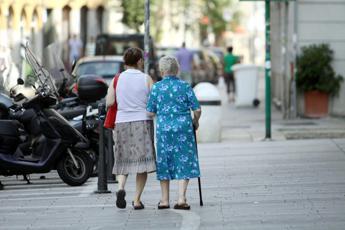 Anziani, Italia quindicesima in Ue per servizi e tecnologie