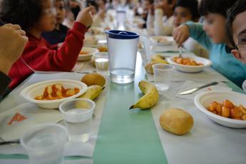 Contro sprechi a mensa no a bis e piatti difficili