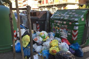 Roma, ministro Galletti: Piano rifiuti? Numeri non tornano