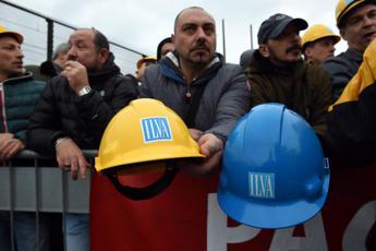 Ilva, fonti ministero: nessuno sarà licenziato o lasciato solo