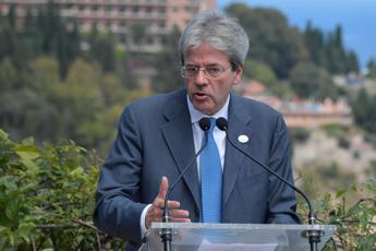 Gentiloni slams Hungarian call to close Italy's ports to migrants