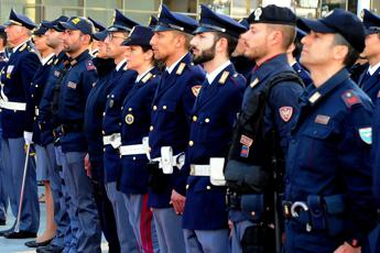 Polizia concorso per 1148 agenti, previsti 400mila candidati