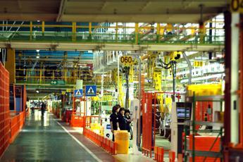 Cala la produzione industriale: a maggio -0,2%