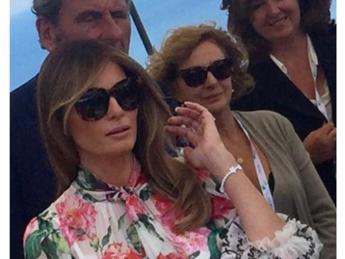 low priced de6b1 7af8a Braccialetto 'Trump', il regalo di Caprai a Melania