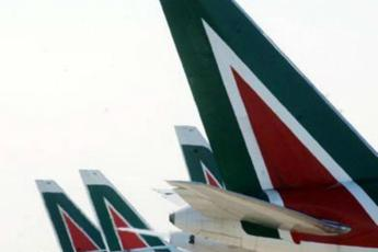 Alitalia open to offers until 5 June