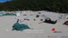 Isola del Pacifico invasa dalla plastica, 18 tonnellate di rifiuti