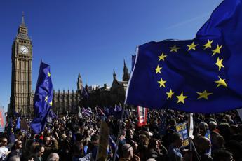 Brexit, Londra avvisa Bruxelles: Ue rischia di pagare il conto del divorzio