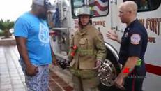 Quanto costa una tuta ignifuga? 'Divertente' campagna dei pompieri dell'Alabama