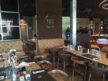 Roadhouse festeggia l'apertura numero 100 a Fidenza, oltre 600 assunti in un anno