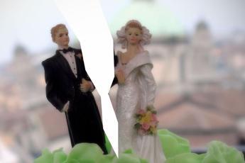 Divorzio, nuove regole per l'assegno