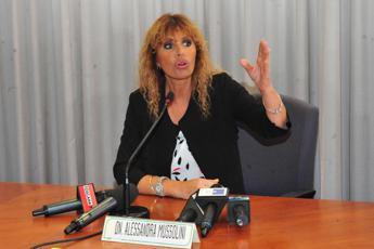 Alessandra Mussolini: Funzionario del Comune ci ha proposto cambio cognome