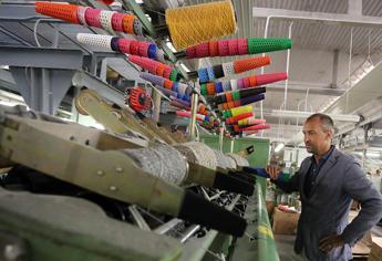 Industria, doppio calo ad aprile: giù ordini e fatturato