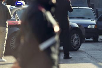 Così il carabiniere mi ha violentata: il racconto choc dello stupro a Firenze
