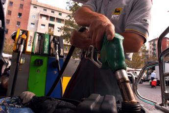 Carburanti, calma piatta