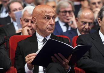 Wrong to equate migration with terrorism says Minniti