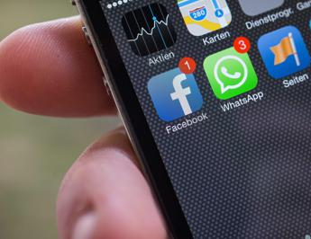 WhatsApp in mirino Antitrust, aperto procedimento