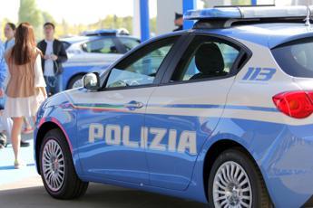 Modena, uccide compagno a coltellate poi chiama polizia