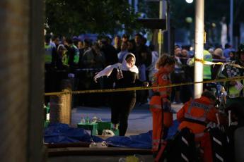 Incendio Londra, l'allarme ignorato degli inquilini