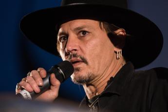 Portatemi Trump, Johnny Depp 'minaccia' il Presidente