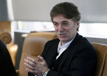 Cattaneo: Tim proseguirà con investimenti rete in aree a fallimento mercato